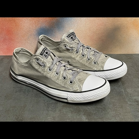 Converse All Star Low Cut Men's Sneakers Size 8M